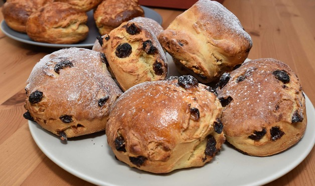Sutton Wharf Cafe Bar, Sutton Cheney | Freshly Baked Scones
